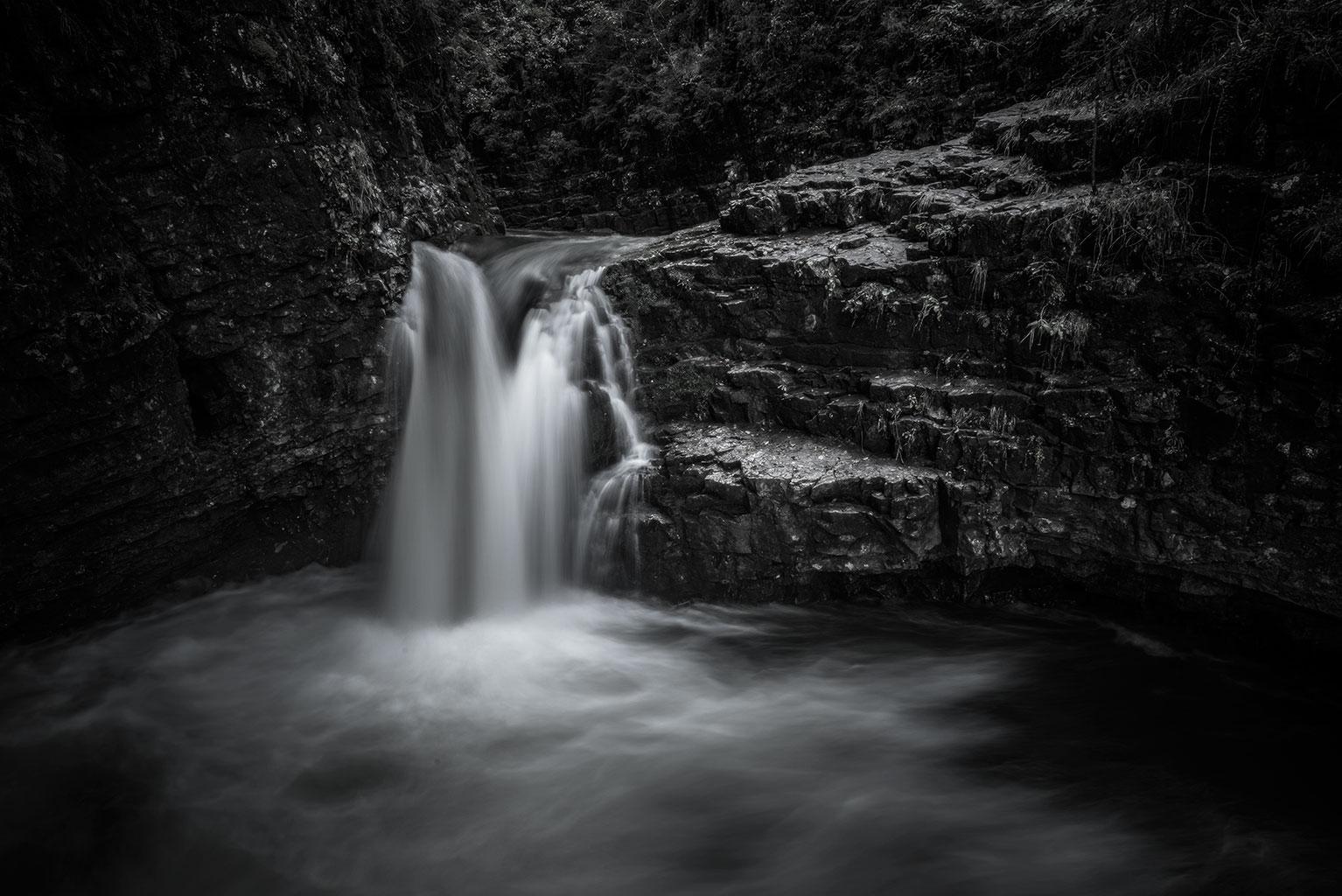Landschaftsfotografie Berge Oldenburg Wasserfall Fine Art Black and white